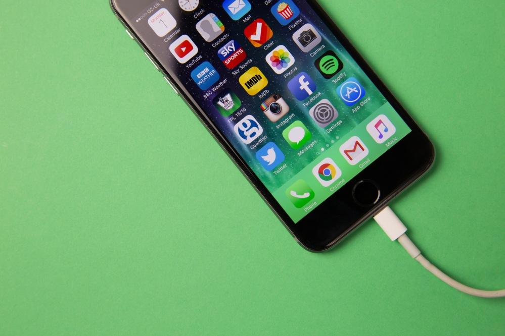 iphone-charging.jpg